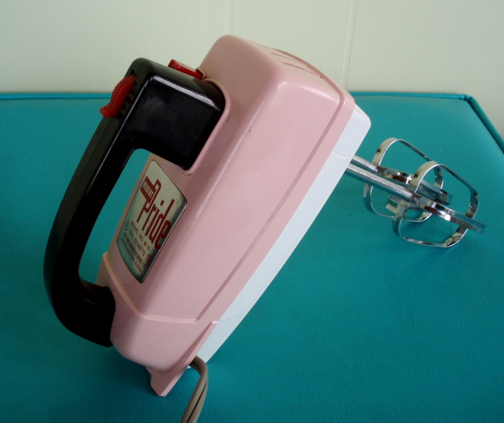 I like old school hand tools and I never wanted an electric hand mixer. Then I found this, a pink Regent Pride mixer, I picked it up last summer for a ridiculous $4! It works like a charm and is always ready to help me whip up a treat!