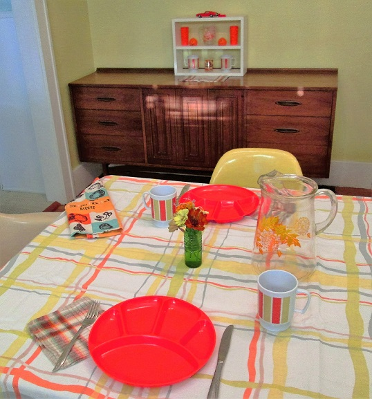 sept-2016-table-setting-copy