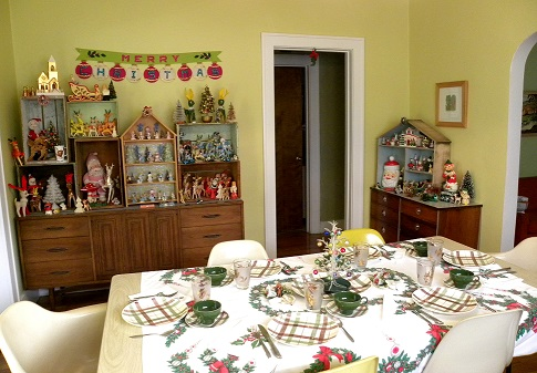 dining-room-facing-holiday-displays